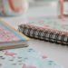 DIY de Rentrée : Comment customiser facilement ses petits carnets ?