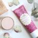 Maquillage COULEUR CARAMEL : Les Produits de Teint qui font la Différence